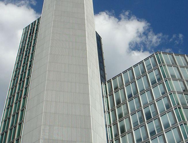 tristan 39 s garden tower sale set to test frank propertyeu. Black Bedroom Furniture Sets. Home Design Ideas