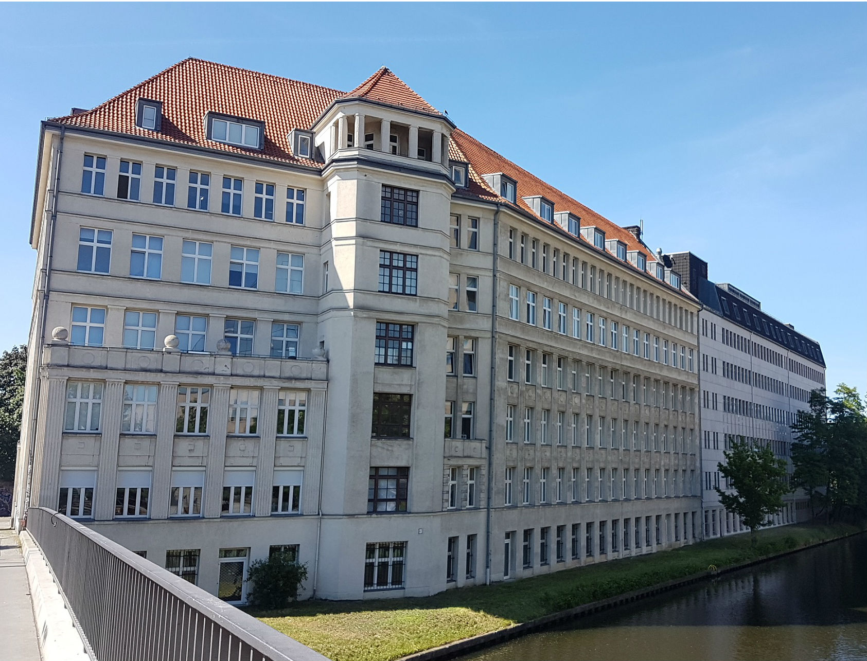 Commodus buys Berlin value-add office | propertyEU